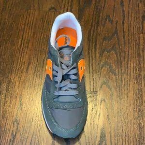 Saucony Shoes - Saucony Jazz Low Pro - Brand New w Box 7 1/2